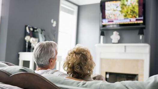 1140-retired-couple-watching-tv.imgcache.rev86c1bdc5e1f2411912f6ca4779cf323b